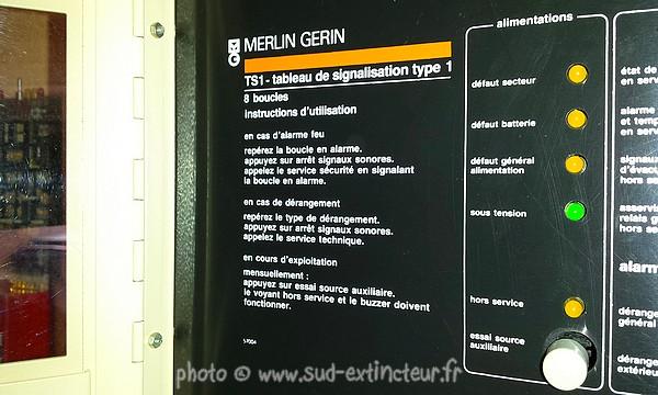 Merlin gerin u05 d tecteur optique de fum e premi re - 1013 fr derangement ...
